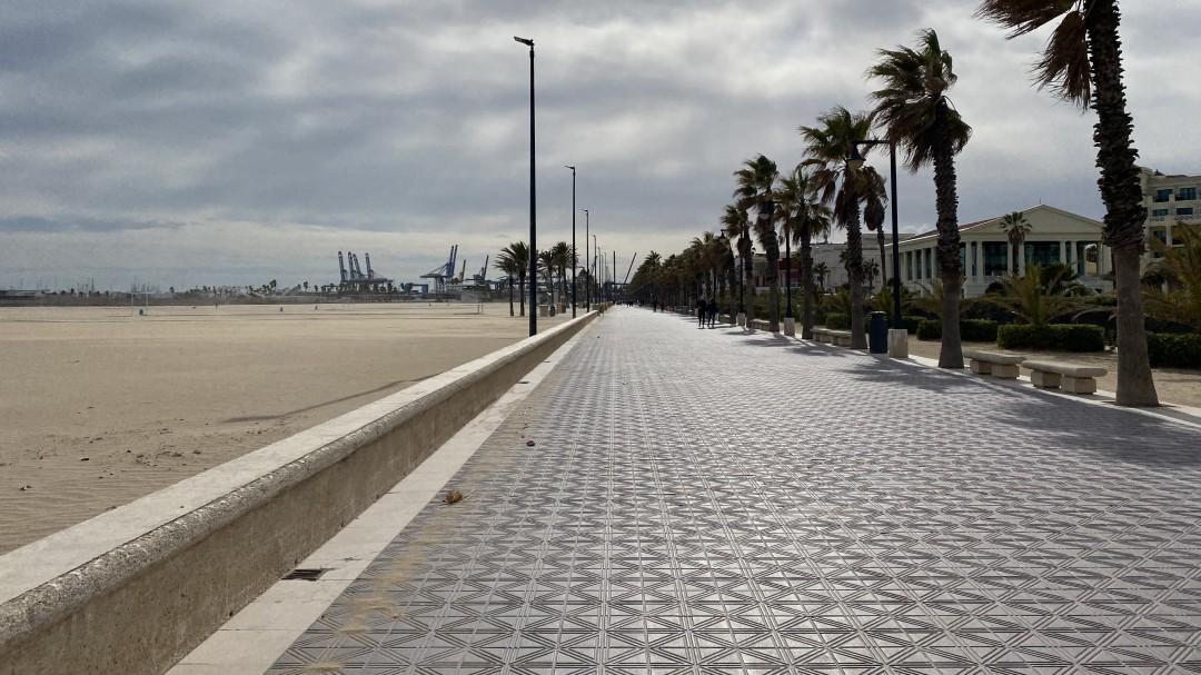 La Generalitat limita aún más las reuniones y confina perimetralmente las grandes ciudades los fines de semana