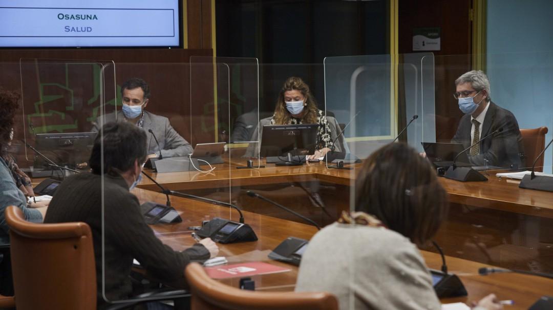El hospital Santa Marina vacunó a los sindicalistas, los sacerdotes y los repartidores de vending del centro