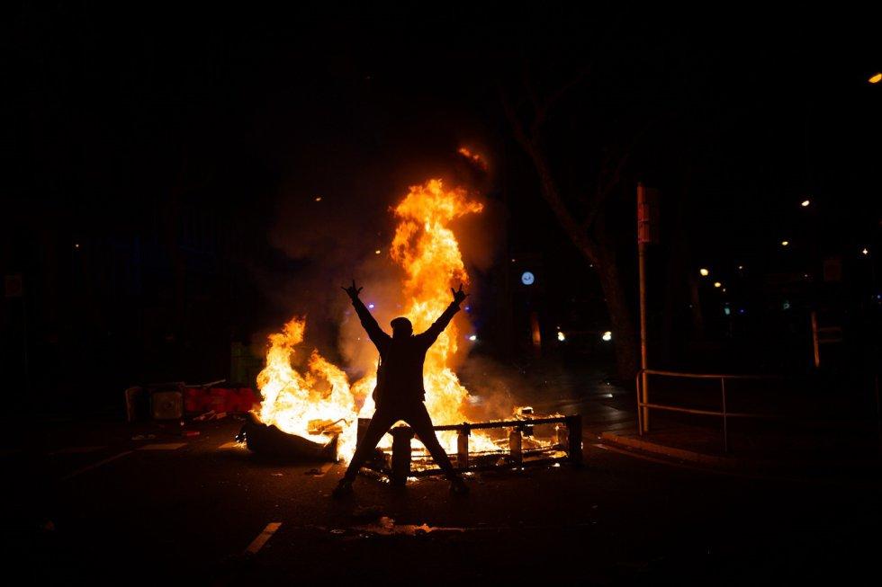 Altercados en la manifestación en apoyo al rapero Pablo Hasél el miércoles en Barcelona