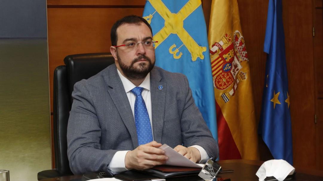 """Adrián Barbón: """"No admitiremos visitantes de otras partes de España en Semana Santa"""""""