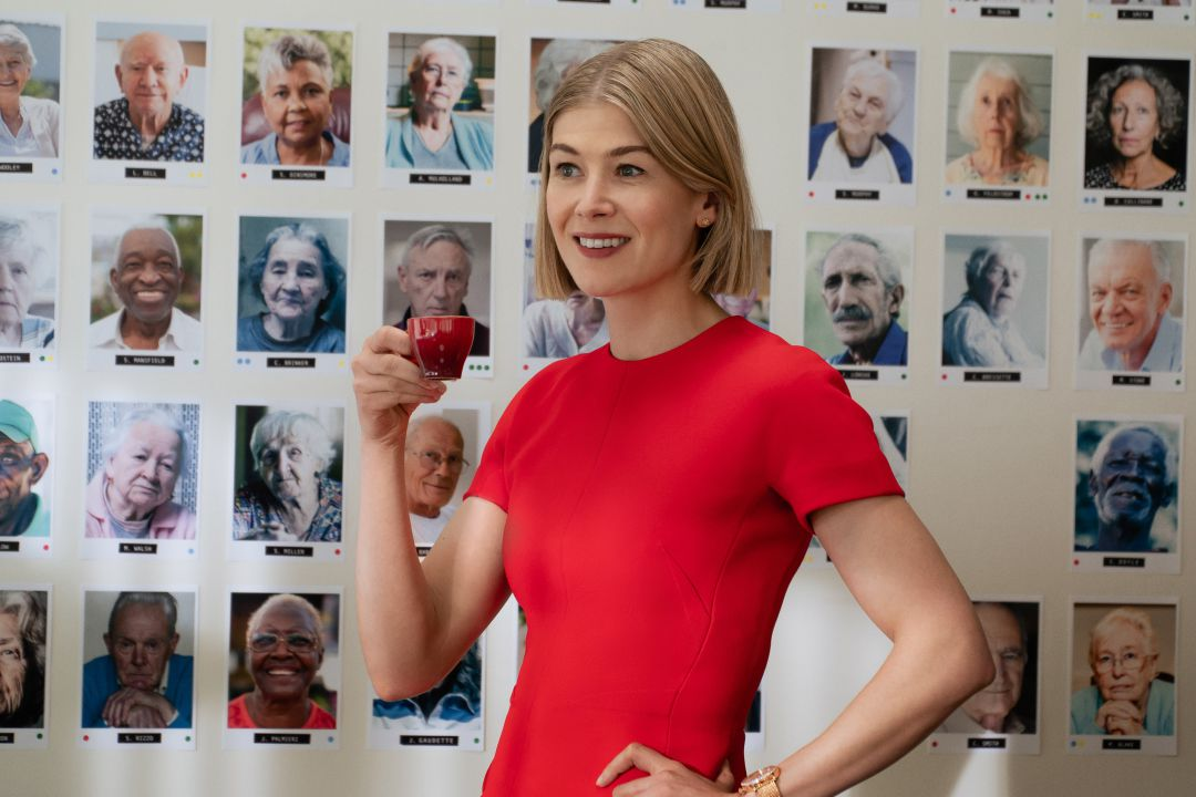 Rosamund Pike en 'I care a lot'