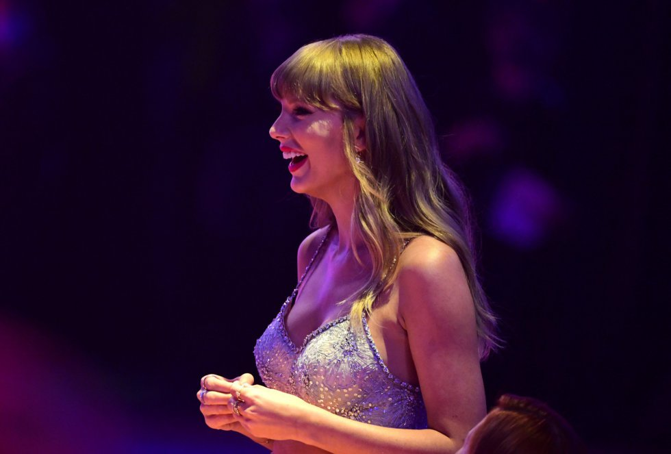 Taylor Swift .