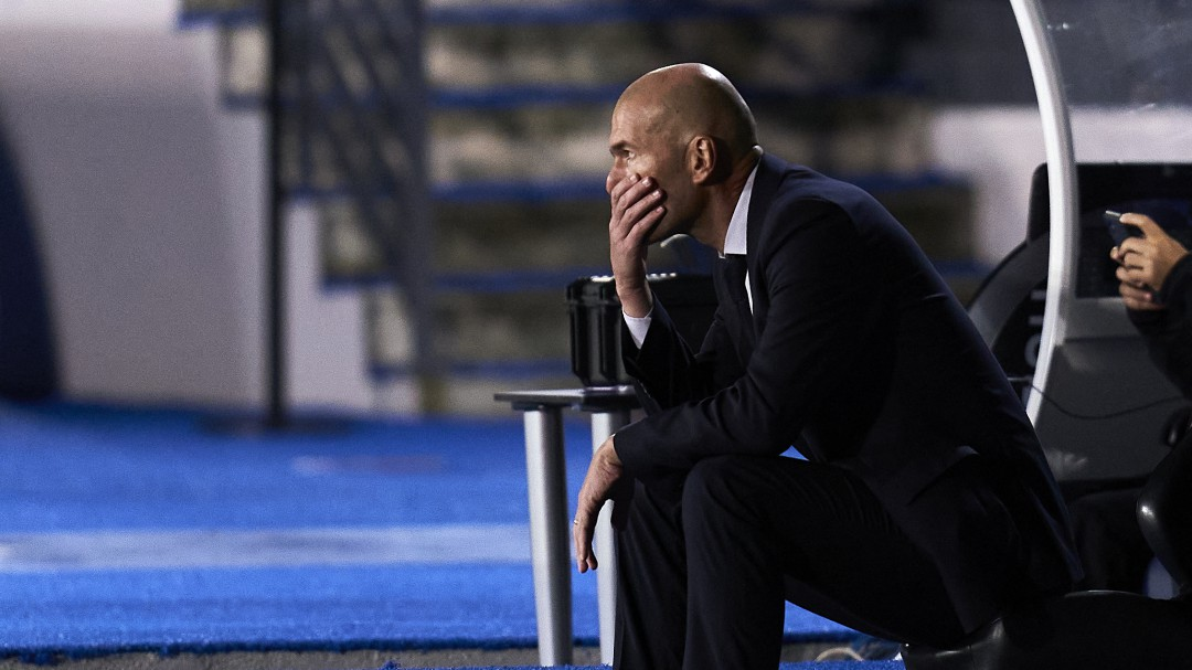 """""""¿Cómo le vamos a dar este marrón?"""": la respuesta del Real Madrid a la SER sobre el banquillo blanco"""