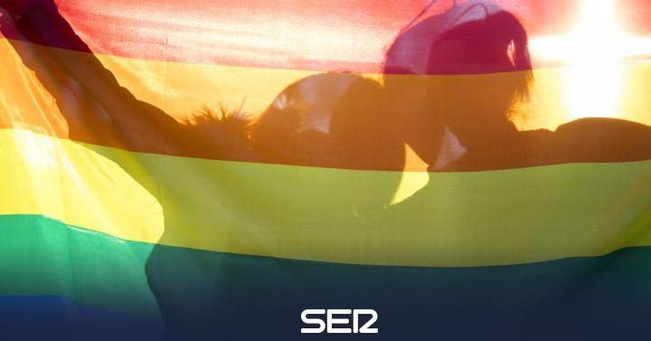 """El testimonio de Carlos, rechazado en un taller por el """"pequeño problema"""" de ser gay"""