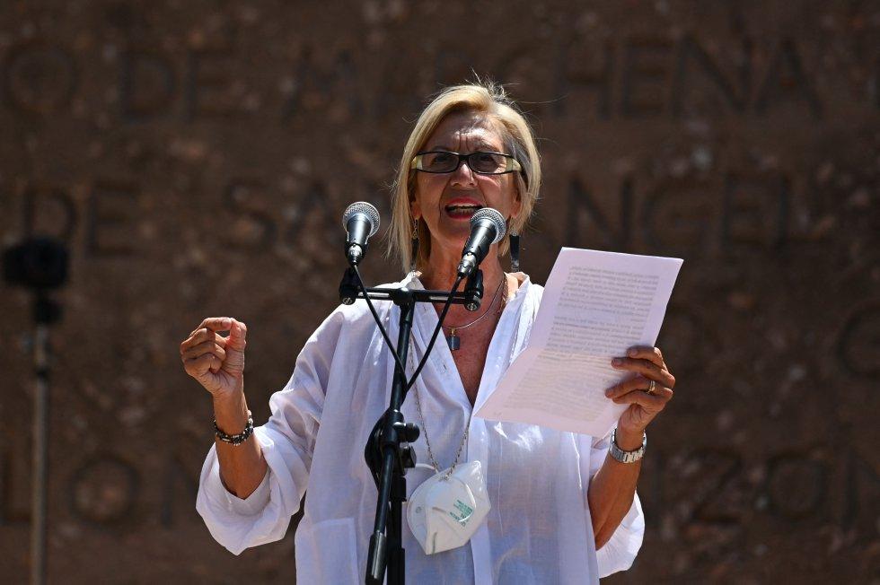 La presidenta de Unión 78, Rosa Díez, durante el discurso en el acto de Colón.