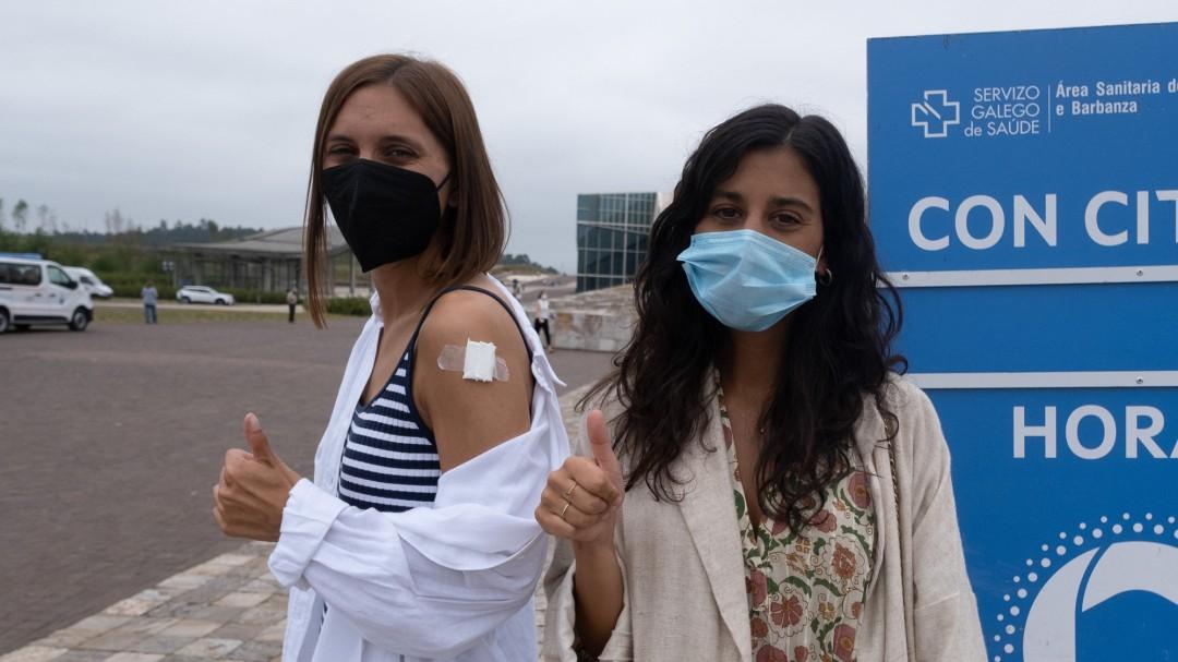Una viróloga explica qué hacer si te contagias de COVID poco antes de recibir la segunda dosis de la vacuna