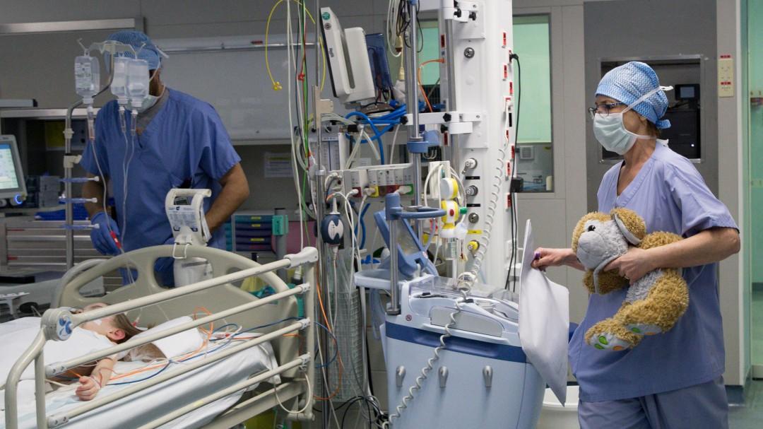 Muere por coronavirus un niño de 5 años en Canarias