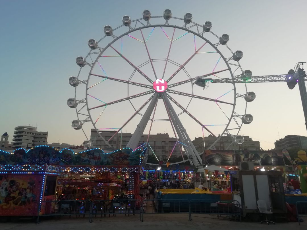 La feria de atracciones de València está abierta hasta el lunes 2 de agosto.