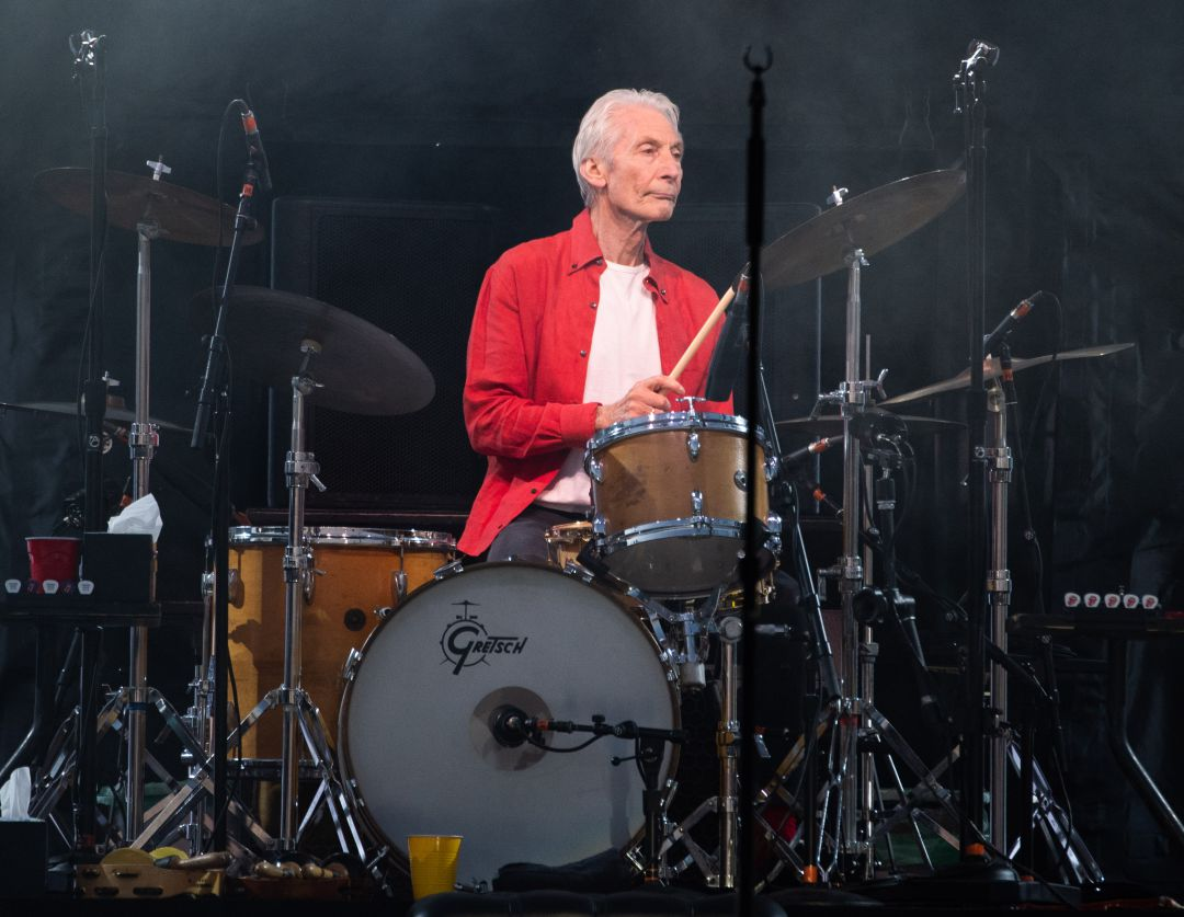 Muere el batería de los Rolling Stones, Charlie Watts, a los 80 años    Cultura   Cadena SER
