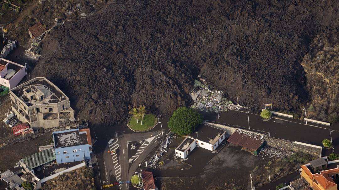 Las fotografías de la destrucción en La Palma hechas desde el aire por el fotógrafo ganador del Pulitzer