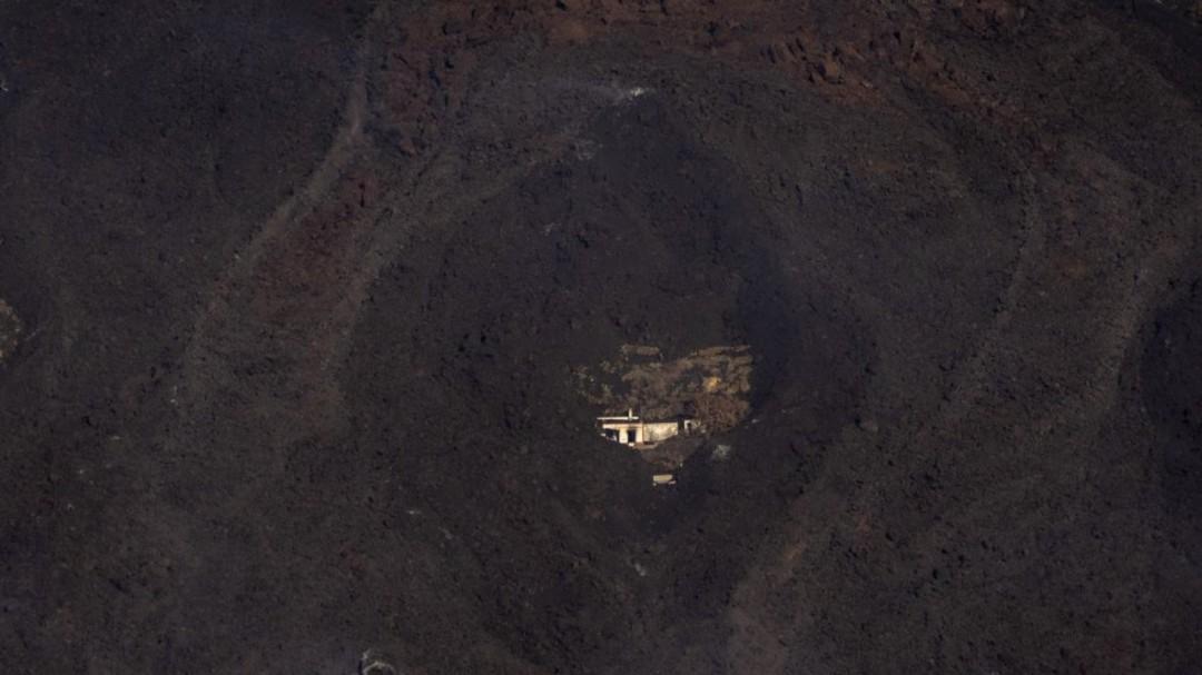 Última hora en directo del volcán de La Palma: la ceniza inutiliza el plátano, el motor económico de la isla