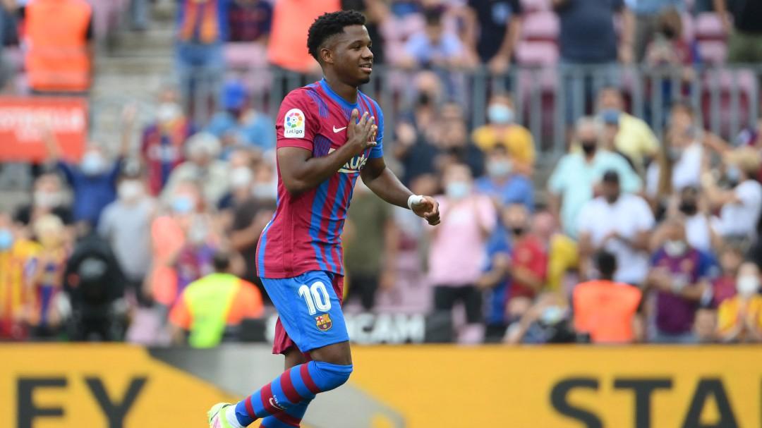 """""""En el primer partido parecía que volaba y luego me pegó un bajón..."""": Kiko advierte de un peligro a Ansu Fati"""